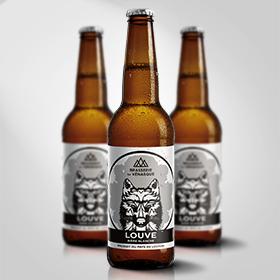 La LOUVE est une bière blanche légèrement parfumée aux houblons aromatiques et épices qui en font une bière désaltérante et très rafraichissante. BRASSERIE DU VENASQUE - 31110 Montauban de Luchon